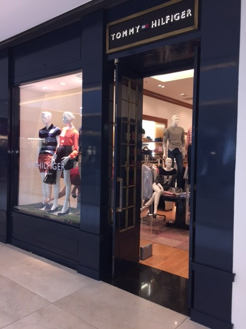 Tommy Hilfiger – Shopping Flamboyant
