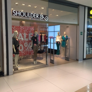 Shoulder – Shopping Flamboyant